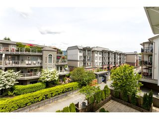 "Photo 3: 306 2373 ATKINS Avenue in Port Coquitlam: Central Pt Coquitlam Condo for sale in ""CARMANDY"" : MLS®# V1069079"