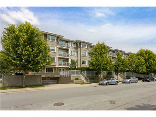 "Photo 20: 306 2373 ATKINS Avenue in Port Coquitlam: Central Pt Coquitlam Condo for sale in ""CARMANDY"" : MLS®# V1069079"