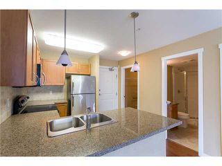 "Photo 6: 306 2373 ATKINS Avenue in Port Coquitlam: Central Pt Coquitlam Condo for sale in ""CARMANDY"" : MLS®# V1069079"