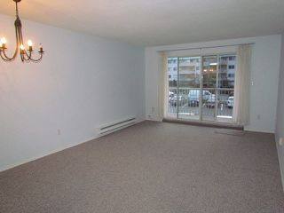 "Photo 2: 210 2780 WARE Street in Abbotsford: Central Abbotsford Condo for sale in ""Chelsea House"" : MLS®# F1429406"