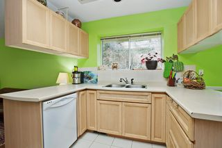"Photo 3: 15 3634 GARIBALDI Drive in North Vancouver: Roche Point Townhouse for sale in ""BROOKSIDE"" : MLS®# V1106643"