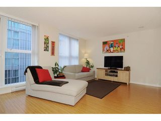"Photo 1: 517 168 POWELL Street in Vancouver: Downtown VE Condo for sale in ""THE SMART"" (Vancouver East)  : MLS®# V1108220"