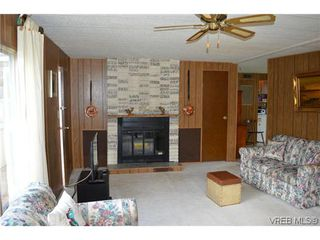 Photo 5: 36 2587 Selwyn Rd in VICTORIA: La Mill Hill Manufactured Home for sale (Langford)  : MLS®# 695474