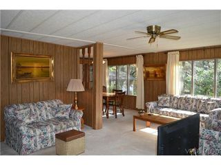 Photo 4: 36 2587 Selwyn Rd in VICTORIA: La Mill Hill Manufactured Home for sale (Langford)  : MLS®# 695474