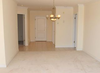 "Photo 11: 203 1250 55TH Street in Tsawwassen: Cliff Drive Condo for sale in ""SANDOLLAR"" : MLS®# V1128833"