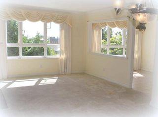 "Photo 5: 203 1250 55TH Street in Tsawwassen: Cliff Drive Condo for sale in ""SANDOLLAR"" : MLS®# V1128833"