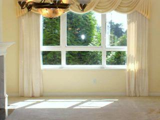 "Photo 4: 203 1250 55TH Street in Tsawwassen: Cliff Drive Condo for sale in ""SANDOLLAR"" : MLS®# V1128833"