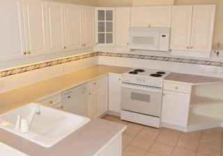 "Photo 8: 203 1250 55TH Street in Tsawwassen: Cliff Drive Condo for sale in ""SANDOLLAR"" : MLS®# V1128833"