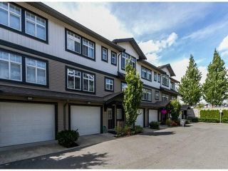 "Photo 2: 79 16233 83 Avenue in Surrey: Fleetwood Tynehead Townhouse for sale in ""Veranda"" : MLS®# F1447509"