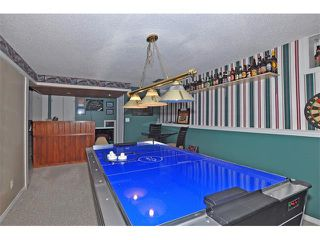 Photo 18: 8 NORSEMAN Place NW in Calgary: North Haven Upper House for sale : MLS®# C4023976