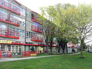 "Main Photo: 214 350 E 2ND Avenue in Vancouver: Mount Pleasant VE Condo for sale in ""MAIN SPACE"" (Vancouver East)  : MLS®# R2014150"