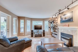 "Photo 4: 201 6707 SOUTHPOINT Drive in Burnaby: South Slope Condo for sale in ""MISSION WOODS"" (Burnaby South)  : MLS®# R2037304"