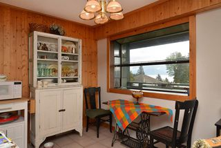 """Photo 7: 11 694 SCHOOL Road in Gibsons: Gibsons & Area Townhouse for sale in """"Sea Air Estates"""" (Sunshine Coast)  : MLS®# R2055911"""