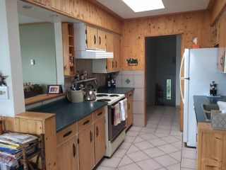 """Photo 4: 11 694 SCHOOL Road in Gibsons: Gibsons & Area Townhouse for sale in """"Sea Air Estates"""" (Sunshine Coast)  : MLS®# R2055911"""