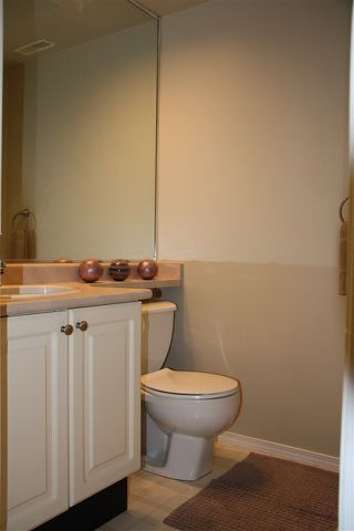 """Photo 8: 18 103 PARKSIDE Drive in Port Moody: Heritage Mountain Townhouse for sale in """"TREE TOPS"""" : MLS®# R2071686"""