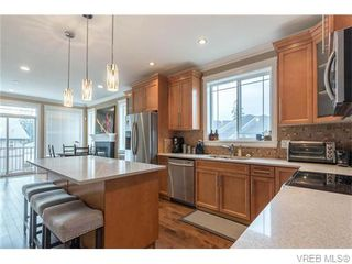 Photo 8: 2437 Prospector Way in VICTORIA: La Florence Lake Single Family Detached for sale (Langford)  : MLS®# 745602