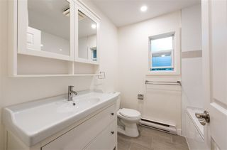 Photo 7: 1328 ZENITH Road in Squamish: Brackendale 1/2 Duplex for sale : MLS®# R2121750