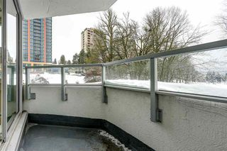 "Photo 9: 404 31 ELLIOT Street in New Westminster: Downtown NW Condo for sale in ""ROYAL ALBERT TOWERS"" : MLS®# R2128522"
