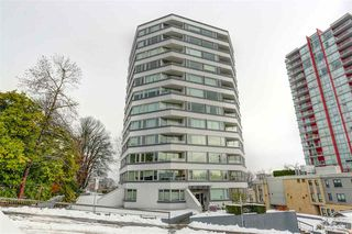 "Photo 1: 404 31 ELLIOT Street in New Westminster: Downtown NW Condo for sale in ""ROYAL ALBERT TOWERS"" : MLS®# R2128522"
