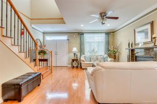 Photo 2: 6436 DUFFERIN Avenue in Burnaby: Forest Glen BS House 1/2 Duplex for sale (Burnaby South)  : MLS®# R2137341