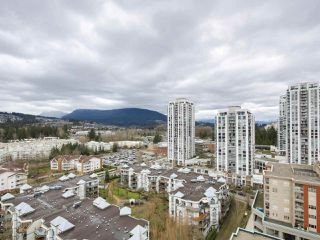 "Photo 1: 1901 2959 GLEN Drive in Coquitlam: North Coquitlam Condo for sale in ""THE PARC"" : MLS®# R2149009"