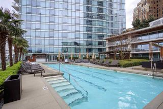 "Main Photo: 3504 1011 W CORDOVA Street in Vancouver: Coal Harbour Condo for sale in ""FAIRMONT PACIFIC RIM"" (Vancouver West)  : MLS®# R2149724"