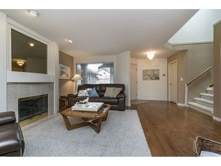 "Photo 3: 110 15988 83 Avenue in Surrey: Fleetwood Tynehead Townhouse for sale in ""Glenridge Estates"" : MLS®# R2157228"
