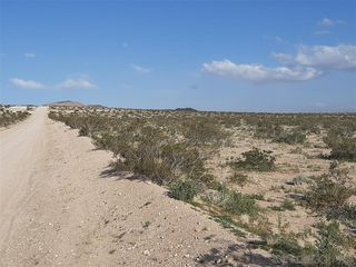 Photo 3: OUT OF AREA Property for sale: 0 East End Road #49 in Lucerne Valley