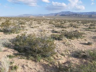 Photo 6: OUT OF AREA Property for sale: 0 East End Road #49 in Lucerne Valley