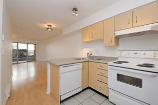 "Photo 7: C1 332 LONSDALE Avenue in North Vancouver: Lower Lonsdale Condo for sale in ""The Calypso"" : MLS®# R2198607"