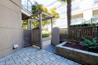 "Photo 18: C1 332 LONSDALE Avenue in North Vancouver: Lower Lonsdale Condo for sale in ""The Calypso"" : MLS®# R2198607"