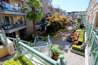 "Photo 19: C1 332 LONSDALE Avenue in North Vancouver: Lower Lonsdale Condo for sale in ""The Calypso"" : MLS®# R2198607"