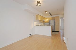"Photo 5: C1 332 LONSDALE Avenue in North Vancouver: Lower Lonsdale Condo for sale in ""The Calypso"" : MLS®# R2198607"