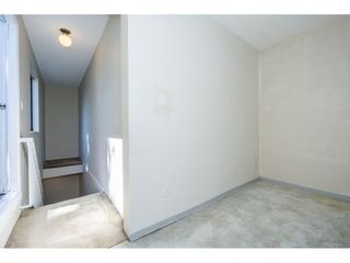 Photo 17: 207 13316 71B Street in Surrey: West Newton Townhouse for sale : MLS®# R2201861