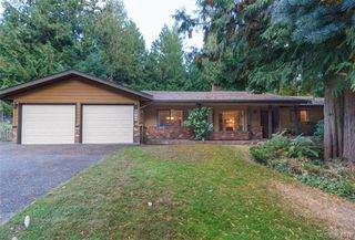 Photo 1: 8679 Forest Park Dr in NORTH SAANICH: NS Dean Park Single Family Detached for sale (North Saanich)  : MLS®# 772597