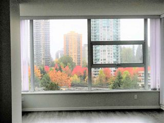 "Photo 3: 1503 5883 BARKER Avenue in Burnaby: Metrotown Condo for sale in ""ALDYNNE ON THE PARK"" (Burnaby South)  : MLS®# R2215740"