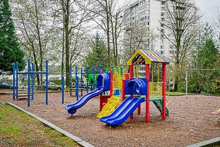 Photo 19: 416 1945 WOODWAY Place in Burnaby: Brentwood Park Condo for sale (Burnaby North)  : MLS®# R2223411