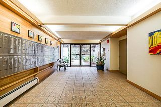 Photo 2: 416 1945 WOODWAY Place in Burnaby: Brentwood Park Condo for sale (Burnaby North)  : MLS®# R2223411