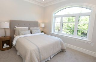 Photo 13: 1756 W 61ST Avenue in Vancouver: South Granville House for sale (Vancouver West)  : MLS®# R2231318