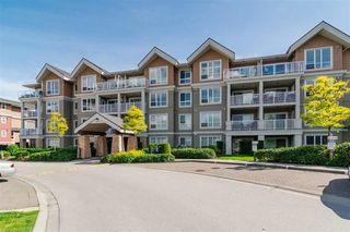 Photo 11: 402 6430 194 STREET in Surrey: Clayton Condo for sale (Cloverdale)  : MLS®# R2235296