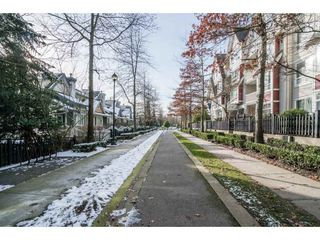 "Photo 2: 217 6833 VILLAGE Green in Burnaby: Highgate Condo for sale in ""CARMEL"" (Burnaby South)  : MLS®# R2241064"