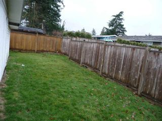 Photo 3: 33186 BRUNDIGE Avenue in Abbotsford: Central Abbotsford House Duplex for sale : MLS®# R2244270
