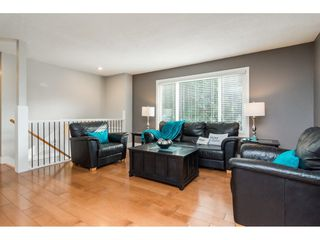 Photo 5: 26657 32A AVENUE in Langley: Aldergrove Langley House for sale : MLS®# R2242997
