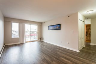Photo 2: 327 22661 Lougheed Highway in Maple Ridge: East Central Condo for sale : MLS®# R2256005