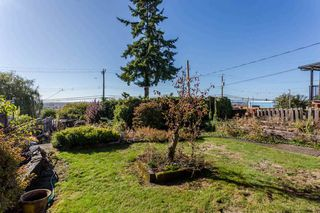 Photo 8: 2276 BURQUITLAM Drive in Vancouver: Fraserview VE House for sale (Vancouver East)  : MLS®# R2270982