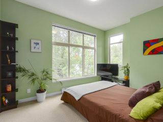 Photo 13: 310 101 MORRISSEY Road in Port Moody: Port Moody Centre Condo for sale : MLS®# R2272891