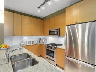 Photo 10: 310 101 MORRISSEY Road in Port Moody: Port Moody Centre Condo for sale : MLS®# R2272891