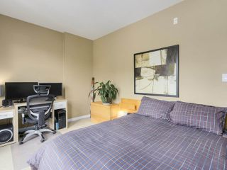 Photo 12: 310 101 MORRISSEY Road in Port Moody: Port Moody Centre Condo for sale : MLS®# R2272891