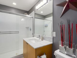Photo 16: 310 101 MORRISSEY Road in Port Moody: Port Moody Centre Condo for sale : MLS®# R2272891