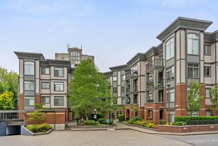 Photo 1: 401 10499 UNIVERSITY Drive in Surrey: Whalley Condo for sale (North Surrey)  : MLS®# R2278362